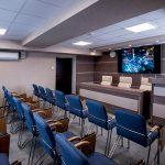 Как найти и выгодно арендовать конференц-зал
