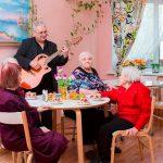 Преимущества частного дома престарелых